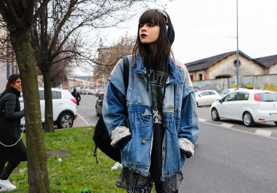 Padukan Dengan Oversize Jacket, Membuat Penampilan Anda Terlihat Kece
