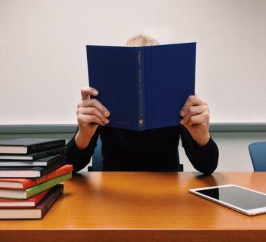 Anak Muda Harus Selalu Belajar Agar Cepat Menuju Kesuksesan